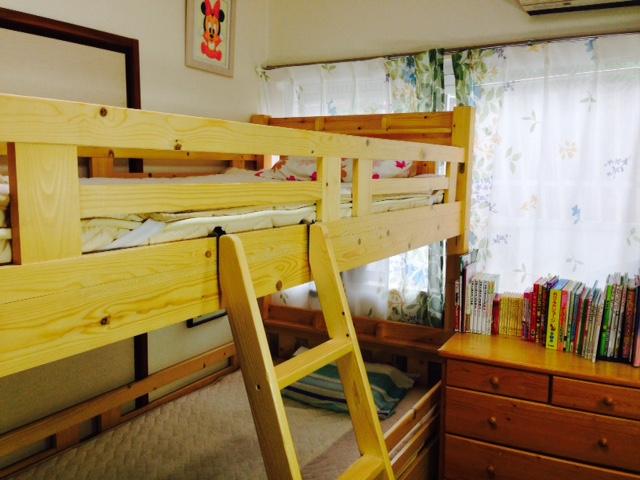 狭い子ども部屋だってキチンと片付く すっきりキュートな子ども部屋3